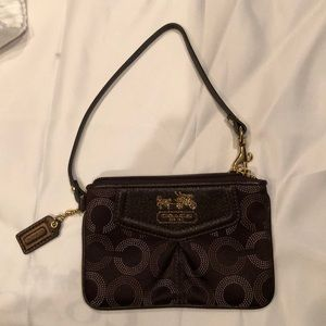 Coach Brown Tiny Wristlet, like new condit…